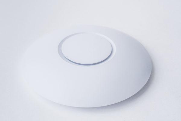 Wi-Fi точка доступа UBIQUITI UAP-AC-LR